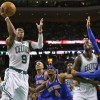 Celtics PG Rondo tears right ACL; season over